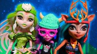 Monster High Brand Boo Students Isi Dawndancer Batsy Claro Kjersti Trollson Unboxing Toy Review thumbnail