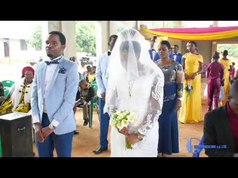 Download Harusi ya Kisabato ya Mokiri & Kezia. Wedding highlights by Farbess Video Lab