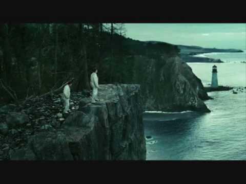 Shutter Island/The Crazies reviews