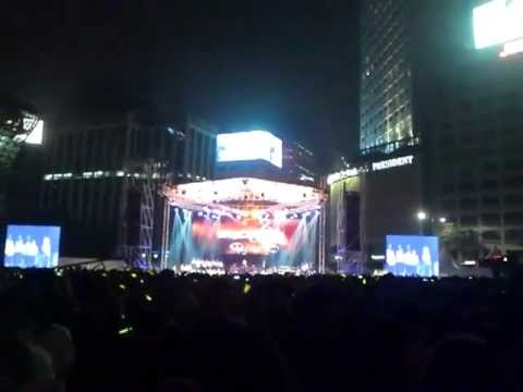 [FANCAM1] 120902 Stand Up For Love - Ailee (에일리) at Rise Up Korea 902