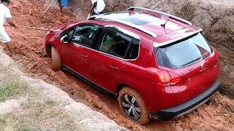 Teste drive do Peugeot 2008 na lama