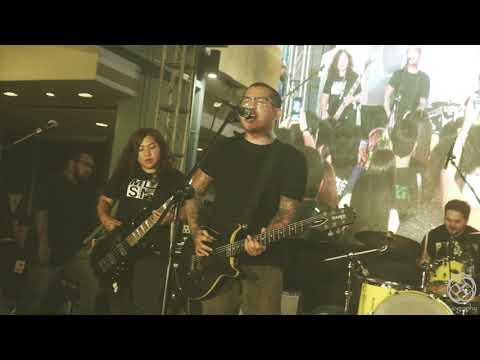 Gravity - Urbandub (Live at Manhattan Row for Malaya Street Concert)