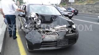 Ավտովթար Երևանում  «Հրազդան» մարզադաշտի հարևանությամբ Nissan March ը բախվել է Cadillac ին