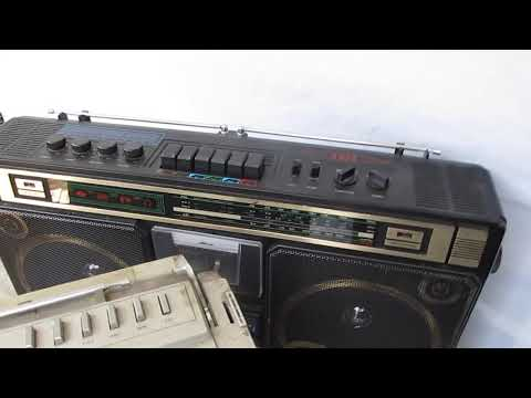 Outside Compare Review Ghettoblaster Aiwa JVC Nippon Panasonic Sanyo Sony Cassette Boombox