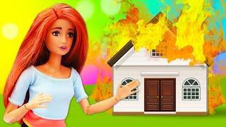 Куклы Барби: Школа гимнастики переезжает в новый зал! Видео для девочек.