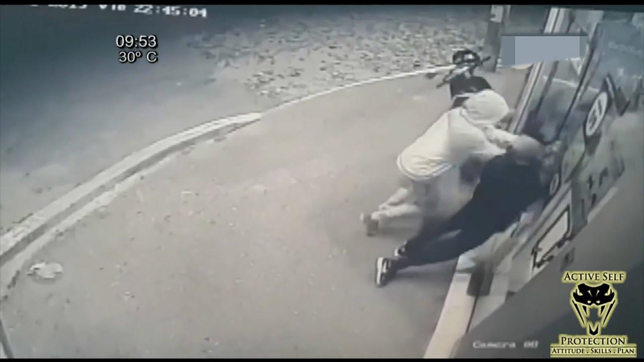 Download Hero Guard Shows Robbers the Door