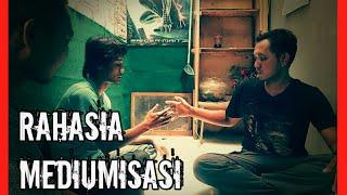 Download Video MEMBONGKAR RAHASIA CARA MEDIUMISASI#OLAH RASA KEBATINAN#Gaib Nusantara# MP3 3GP MP4