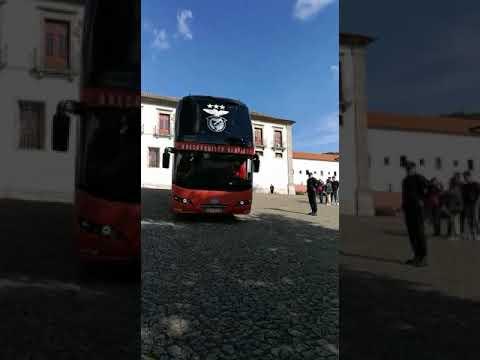 Saída dos campeões para Moreira de cónegos