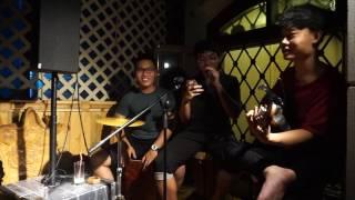 Cafe Đồng Nát Aucoustic - Mashup Tình Yêu Lạ Kỳ - Đếm Ngày Xa Em - Pe