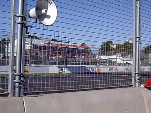 Australian Grand Prix Melbourne 2009 Warm Up Lap - Pit Straight