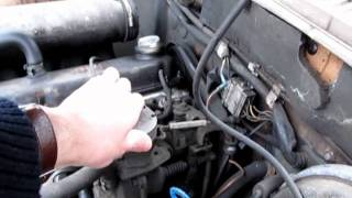 Volvo 240 diesel engine running idle