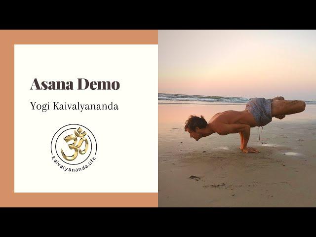 Yoga Demo by Yogi Kaivalyananda