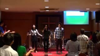 Nyanyi Puji Tuhan - Kasih Allah - Sukacita Surga MEDLEY (Ellie Pasaribu)