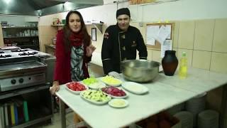 Ketemu Nadine Di Turki, Habis Makanan Direstoran Lokal Kita Santai Di Sungai Dengan Gondola