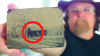 Man Buys a 2$ Photo in an Antique Shop and is Floored When He Sees Who's in It