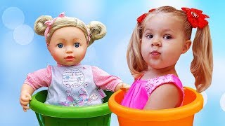 Diana Pretend Play Babysitting Cry Baby Dolls Nursery Playset Girl Toys