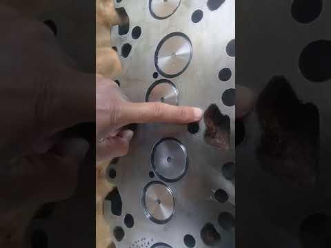 Cấu tạo chính của nắp quy lát ( nắp máy) của xe oto