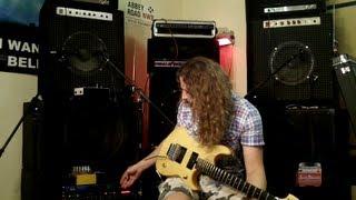Guitar noise / Гитарный фон.(Кое что о гитарном фоне и о избавлении от него. Тирада 100 обучающих видео для электрогитары., 2013-05-24T21:14:14.000Z)