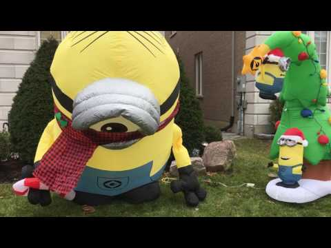 Minions Inflatable Gemmy Airblown Christmas Decoration