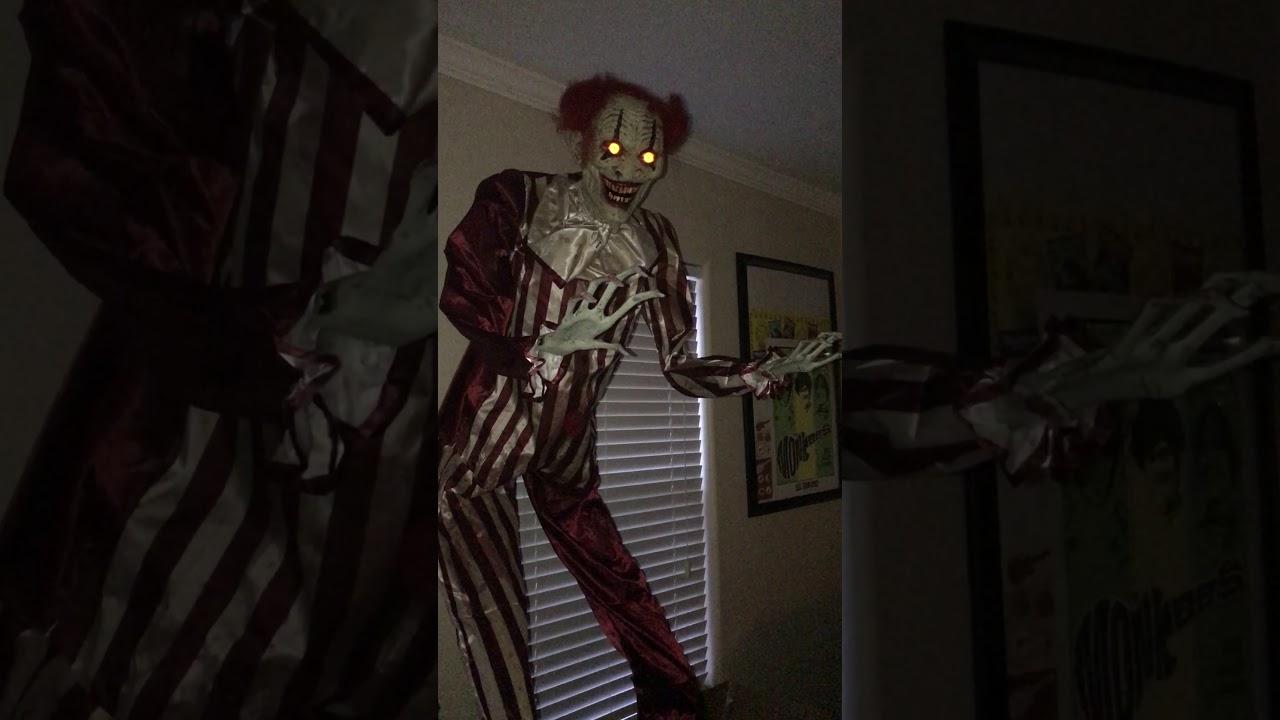 spirit halloween 65 ft towering creepy clown animatronics