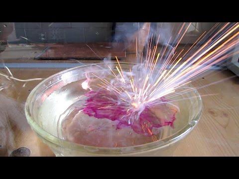 Самые удивительные химические реакции