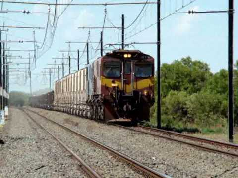 Transnet Freight Rail class 10Es at Slypklip, South Africa