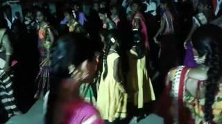 Gallu galluna Bathukamma song by sphoorthy samarya