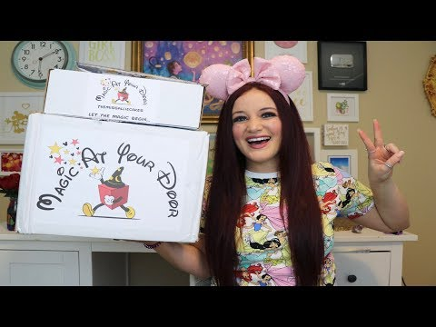 THE BEST DISNEY SUB BOX I EVER OPENED | MAGIC AT YOUR DOOR
