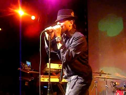 J.holiday performing