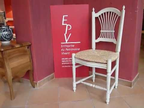 chaise proven ale dossier gerbe laffanour youtube. Black Bedroom Furniture Sets. Home Design Ideas