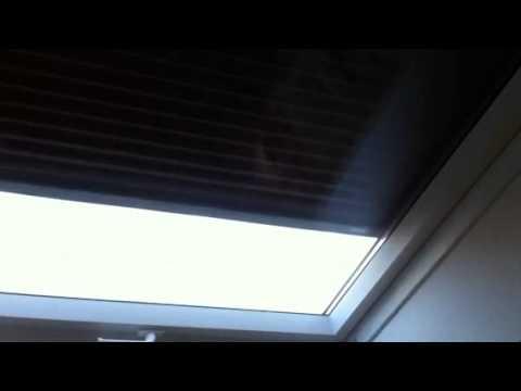 velux 230volt rollladen rolladen sml dachfenster rollo 230. Black Bedroom Furniture Sets. Home Design Ideas