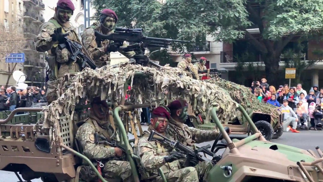 Desfile Militar independencia Argentina 9 Julio 2019 4k 26 de 45 Completo military buggies