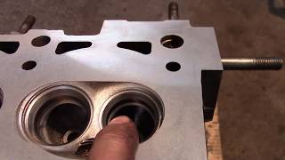 видео Замена прокладки головки блока цилиндров ВАЗ 2109,2108. Замена прокладки гбц ваз 2109