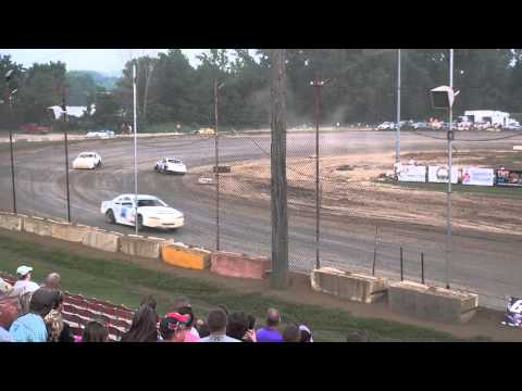 Stock Car feature Quincy Raceways 7/5/15