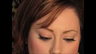 How To: Apply False Lashes {Makeup Geek}