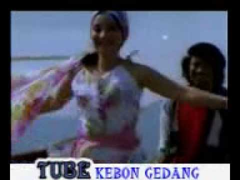 ▶ MELODY CINTA rhoma irama original sountrack film   YouTube edison Travel Video