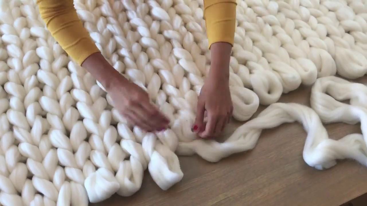 Diy How To Hand Knit An Extra Chunky Merino Blanket With Comfywool