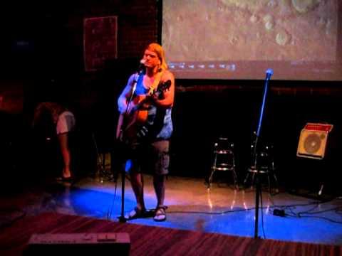 "Sky Bar Open Mic, Tucson AZ, 6-22-11 - Chad performing ""Energy"""