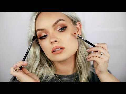 HOW TO APPLY & BLEND EYESHADOW LIKE A PRO - Hacks, Tips & Tricks For Beginners!