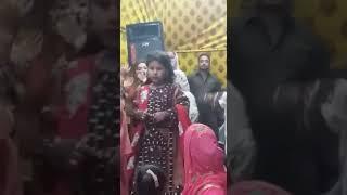 vuclip New Balochi girl dance most watch
