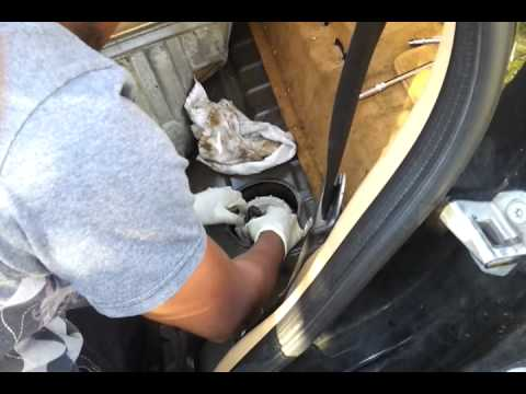 ml320 fuel pump replacement part 8 youtube. Black Bedroom Furniture Sets. Home Design Ideas