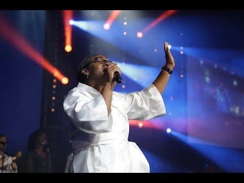 Tu es ma force / Je lève mes mains / Je veux t'adorer - ICC Gospel Choir   Crina Tokoto