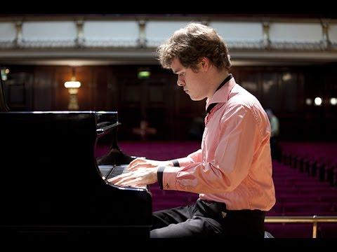 Benjamin Grosvenor Plays Chopin Piano Concerto No. 1, Op. 11 - Live 2014