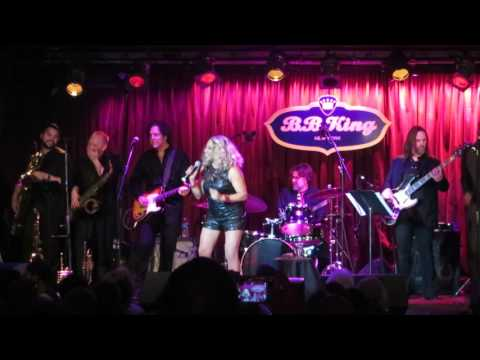 DARLENE LOVE- Da Do Ron Ron- Live at BB Kings NYC 1/6/17
