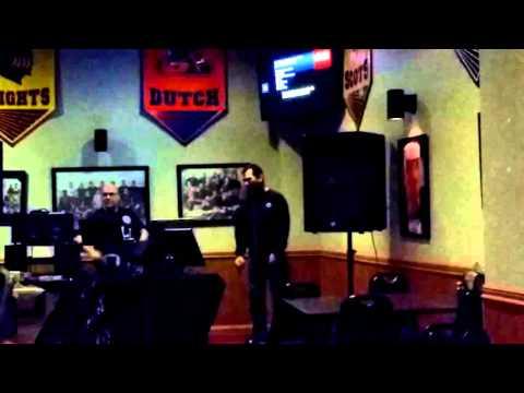 Lamplighter karaoke Tom