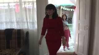 Первая встреча невесты со свекровью. Свадьба Алана и Аланы. Осетия. сел. Дур Дур. 2014 год .