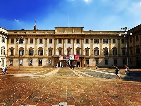 Places to see in ( Milan - Italy ) Palazzo Reale