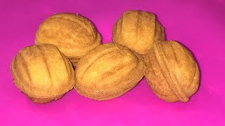 Орешки со сгущенкой рецепт. Печенье орешки в форме. Орешки с вареной сгущенкой. Орешки в орешнице.