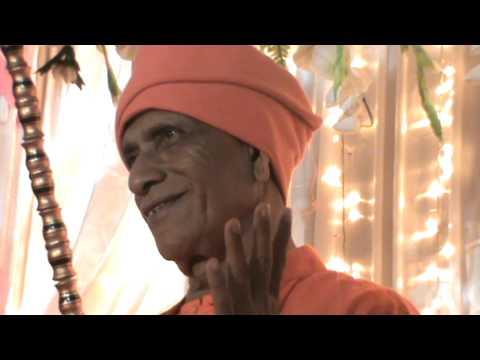 SWAMI DEV PRAKASH JI MAHARAJ  birthday on 1.1.11 at  SWAMI SHANTI PRAKASH AASHRAM ulhasnagar