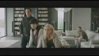 Der Kameramörder | Freunde sehen das Video im TV